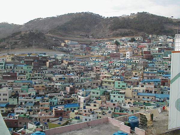 Korea-Busan-Buildings-01.jpg