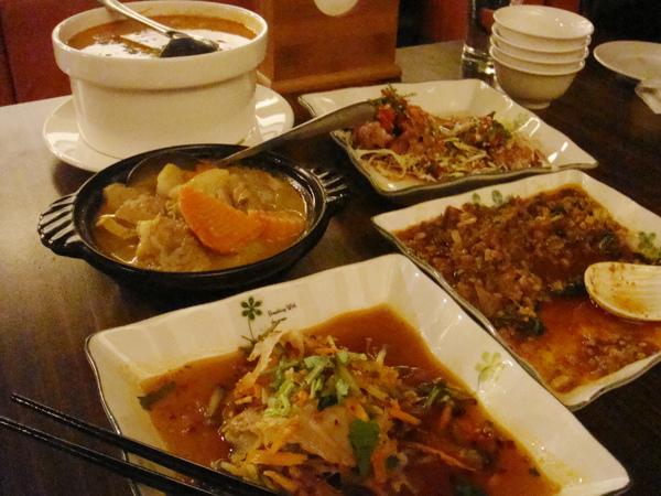 滿滿的菜…