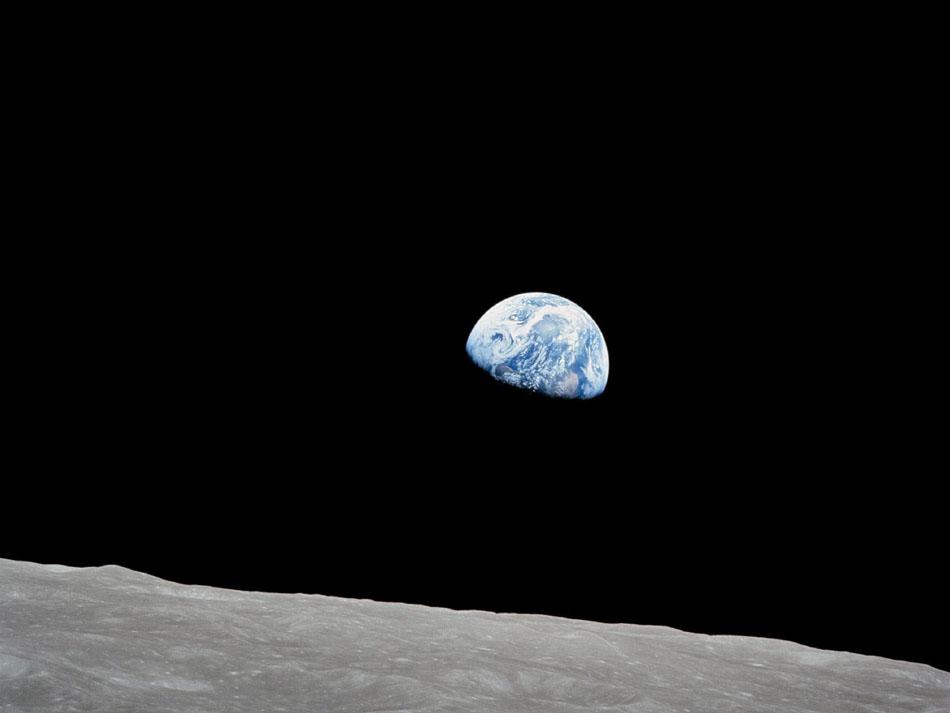 月上看地球s