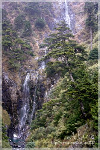台灣海拔最高的能高瀑布