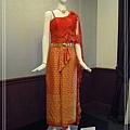20150117147泰國傳統婚服單肩恰可拉發特.jpg