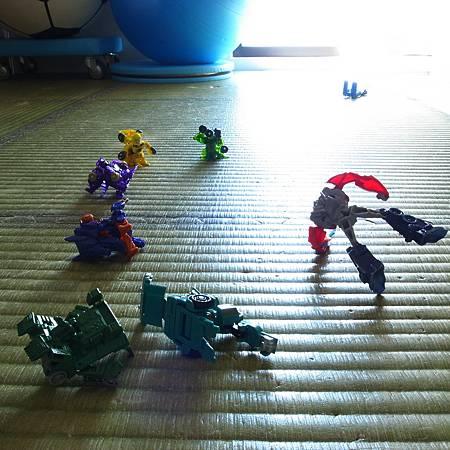 20140227子供は私のおもちゃを遊ばないでくださいといっていました。
