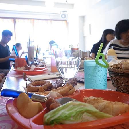 20140802年に一度、大学時代のクラスメートたちの食事会に参加します。