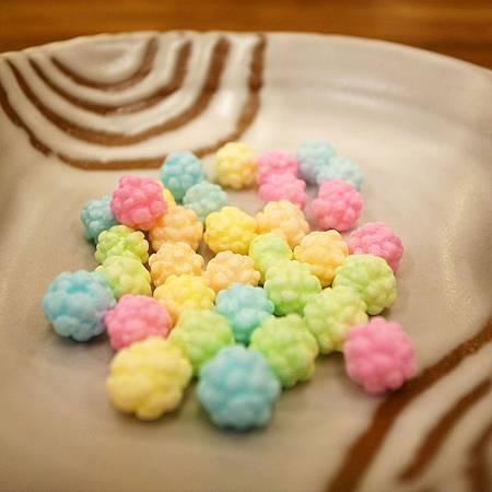 20141001友達は子供に京都で買ったキャンディをくれました。