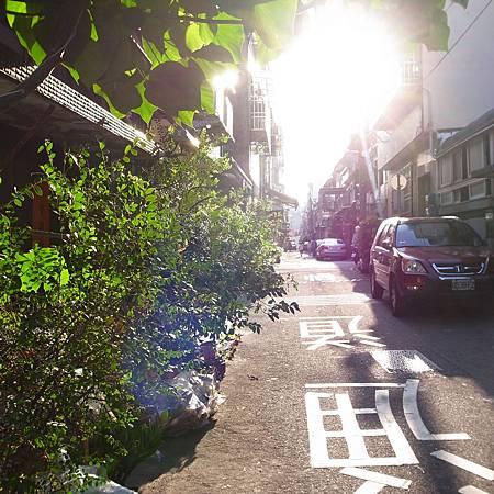 20141004午後小さな道で散歩しました。