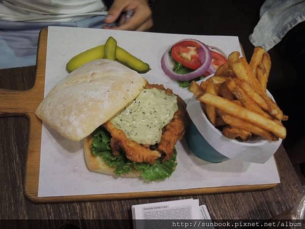 1885 burger store 美式漢堡9