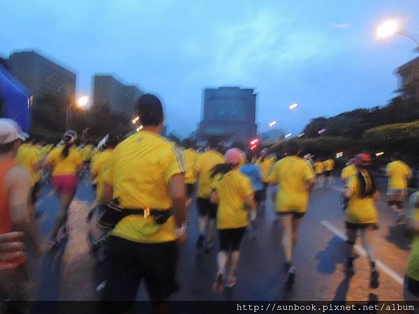 2013 Seiko Super Runner城市路跑賽心得10