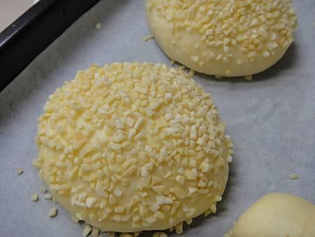 杏仁角麵包發酵完成