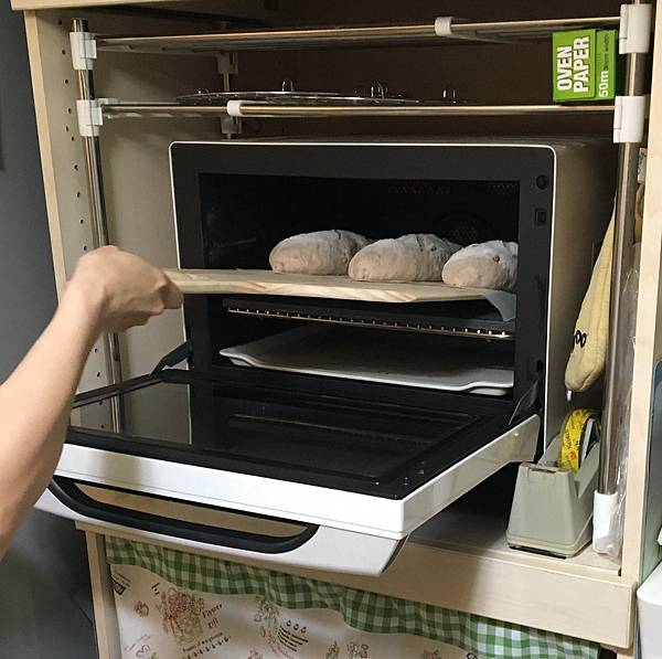 2016-0722石板麵包入爐