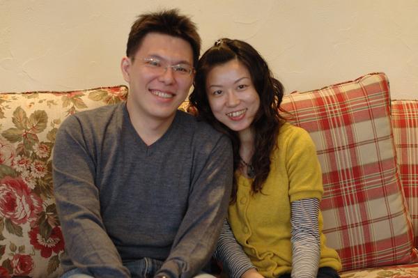 Bright and Irene 在 Sunday Home