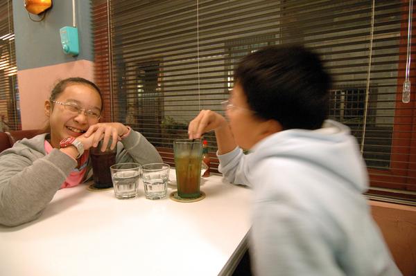 宜蘭美食 Ninety-Six Sunday Home 的哥哥跟妹妹