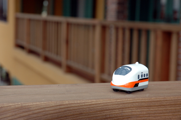 佑佑的高鐵,迷失在 Sunday Home 【宜蘭民宿】