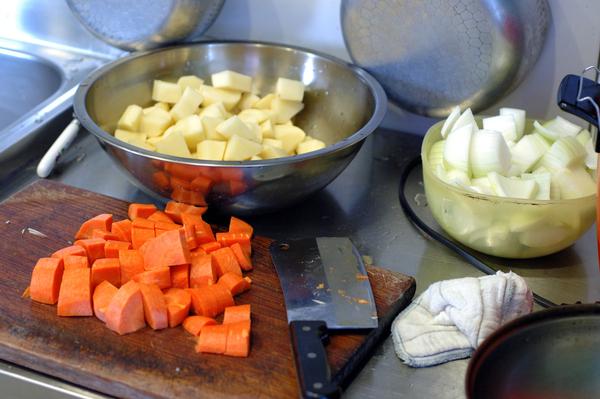 Sunday Home 【宜蘭民宿】的私房菜-咖哩牛肉飯