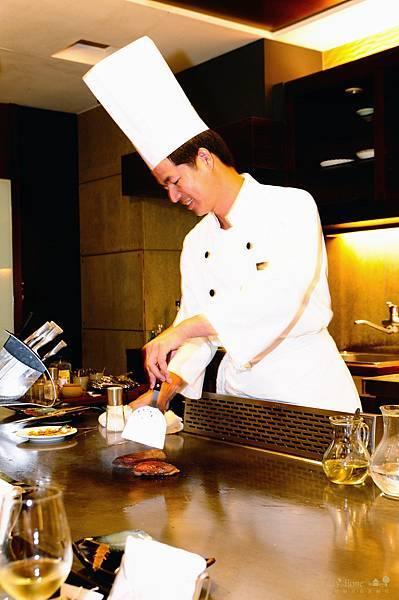 【宜蘭美食推薦】20111002 饗宴鐵板燒 【宜蘭民宿】Sunday Home