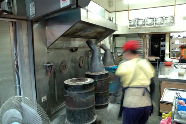【宜蘭羅東美食推薦】燒餅店之胡椒餅&鹹酥餅 【宜蘭民宿】Sunday Home