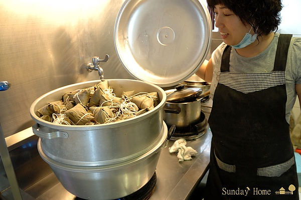 2010 端午包粽子 【宜蘭民宿】Sunday Home