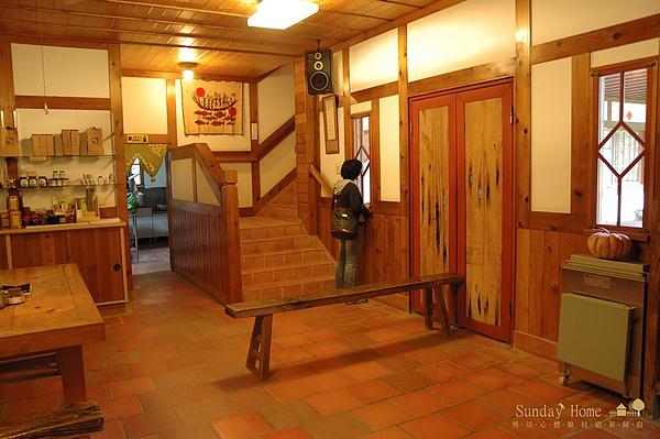 20101123 南投信義鄉-老五民宿 【宜蘭民宿】Sunday Home