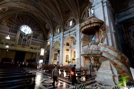 貝林佐納聖彼得與史蒂芬諾教堂