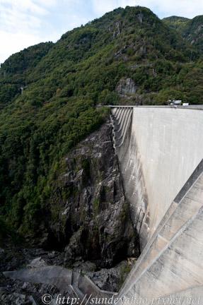 瑞士佛薩斯卡水壩