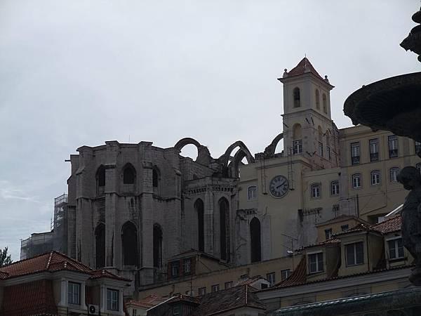 修道院教堂廢墟