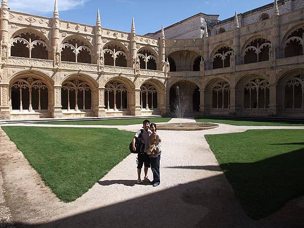 傑若米修道院內