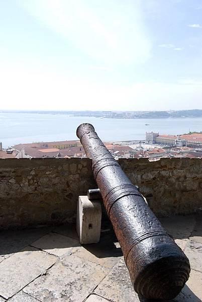 624_聖喬治城裡的大炮.jpg