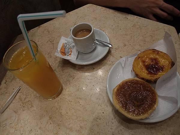 葡式下午茶-蛋塔與杏仁塔