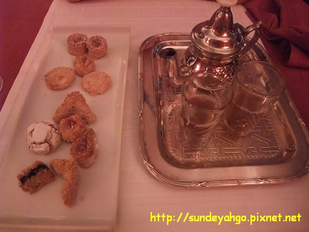 摩洛哥糕餅與薄荷茶