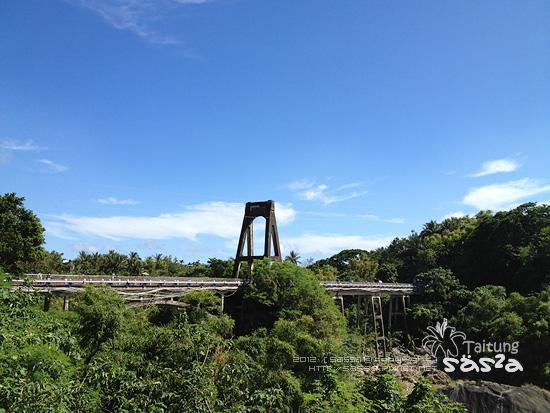 82東河橋