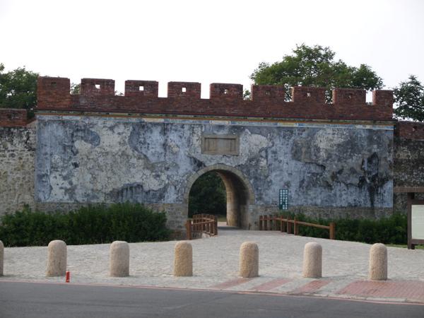 鳳山舊城門.JPG