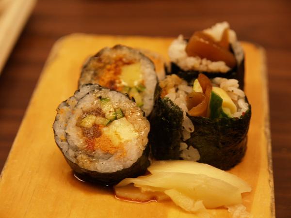 壽司卷2.JPG