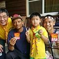 大家熱烈與獵人古道導覽哥哥合照_2965.jpg