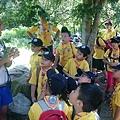 大家熱烈與獵人古道導覽哥哥合照_5492.jpg