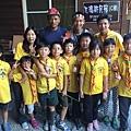 大家熱烈與獵人古道導覽哥哥合照_6853.jpg