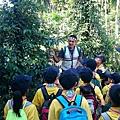 大家熱烈與獵人古道導覽哥哥合照_6960.jpg