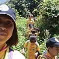 大家熱烈與獵人古道導覽哥哥合照_9054.jpg