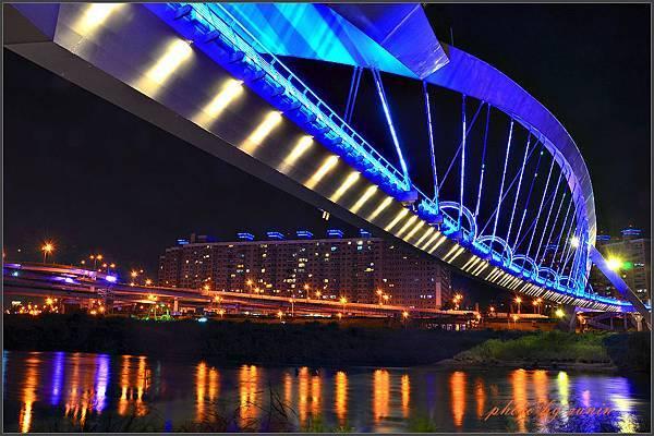 陽光橋夜拍