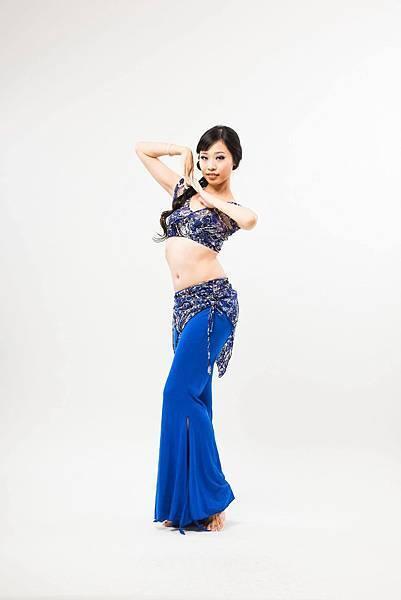 原價上衣:NTD850褲裙:1280,來弦歌購買再享七折