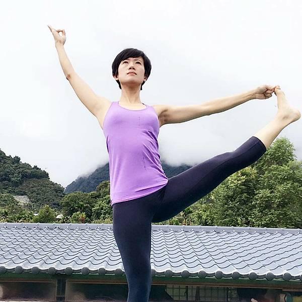 雅倫瑜伽老師