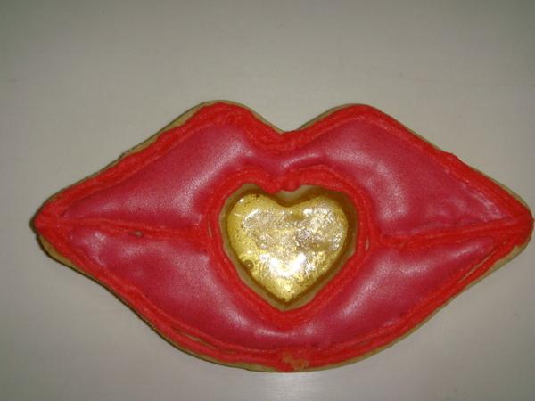 1.奶酥熱唇玻璃彩繪餅乾