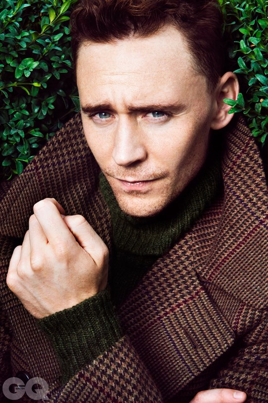 002-Tom-Hiddleston-GQ_16Dec13_b_540x810