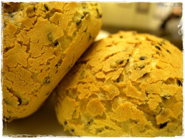 韓式芝麻麵包.JPG