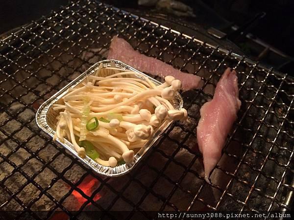 樂群三町炭火燒肉吃到飽