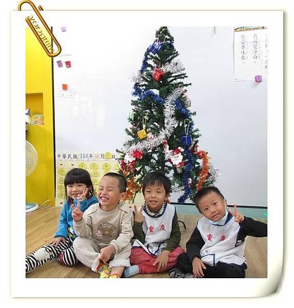 1041201布置聖誕樹 (19).JPG