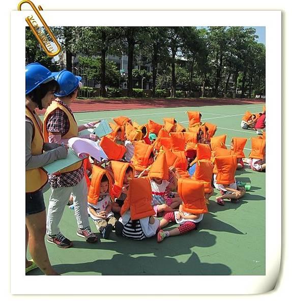 1050921防震演練 (8).JPG