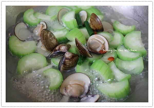 絲瓜炒蛤蜊-1