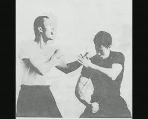 BRUCE LEE 李小龍 GUNG FU JKD[(001585)15-02-28].JPG