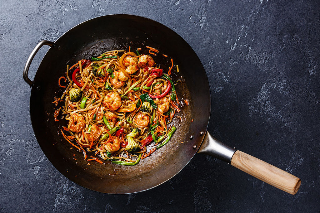 chinese-food-with-olive-oil-(hr).jpg
