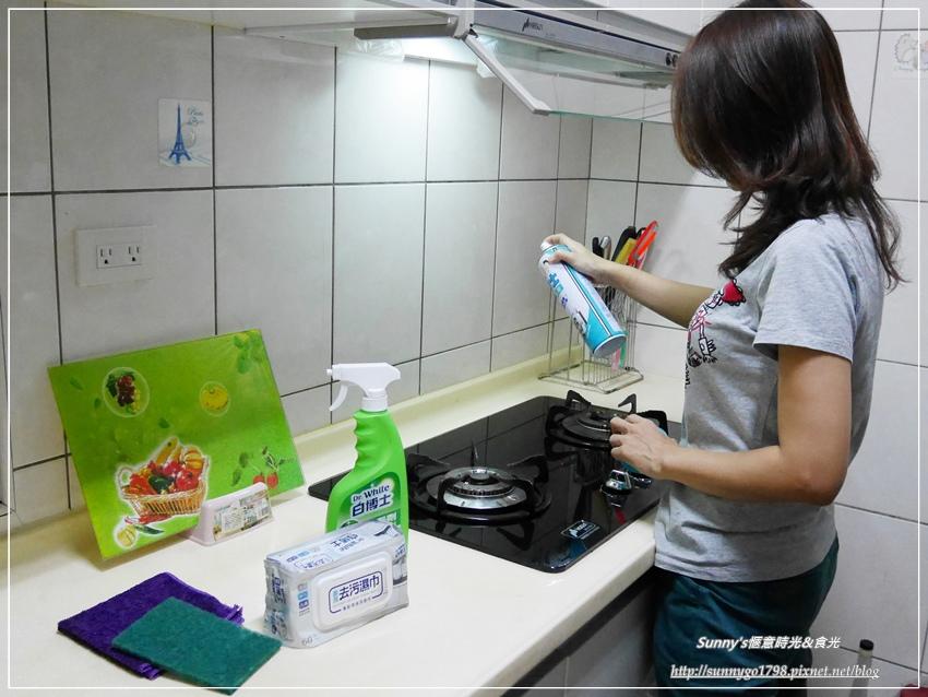 大掃除必備_白博士廚房清潔泡沫_噴槍_去污濕巾 (36).JPG