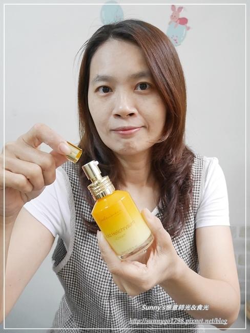 JS婕洛妮絲黃金蠟菊修護精華乳  (21).JPG